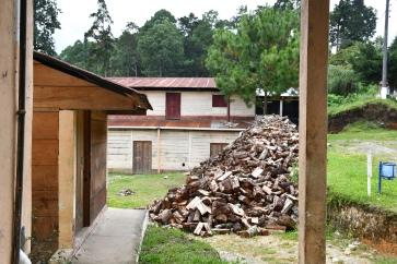 13. Brennholz